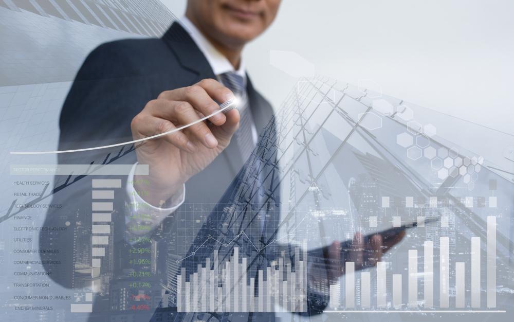 business-man-graph